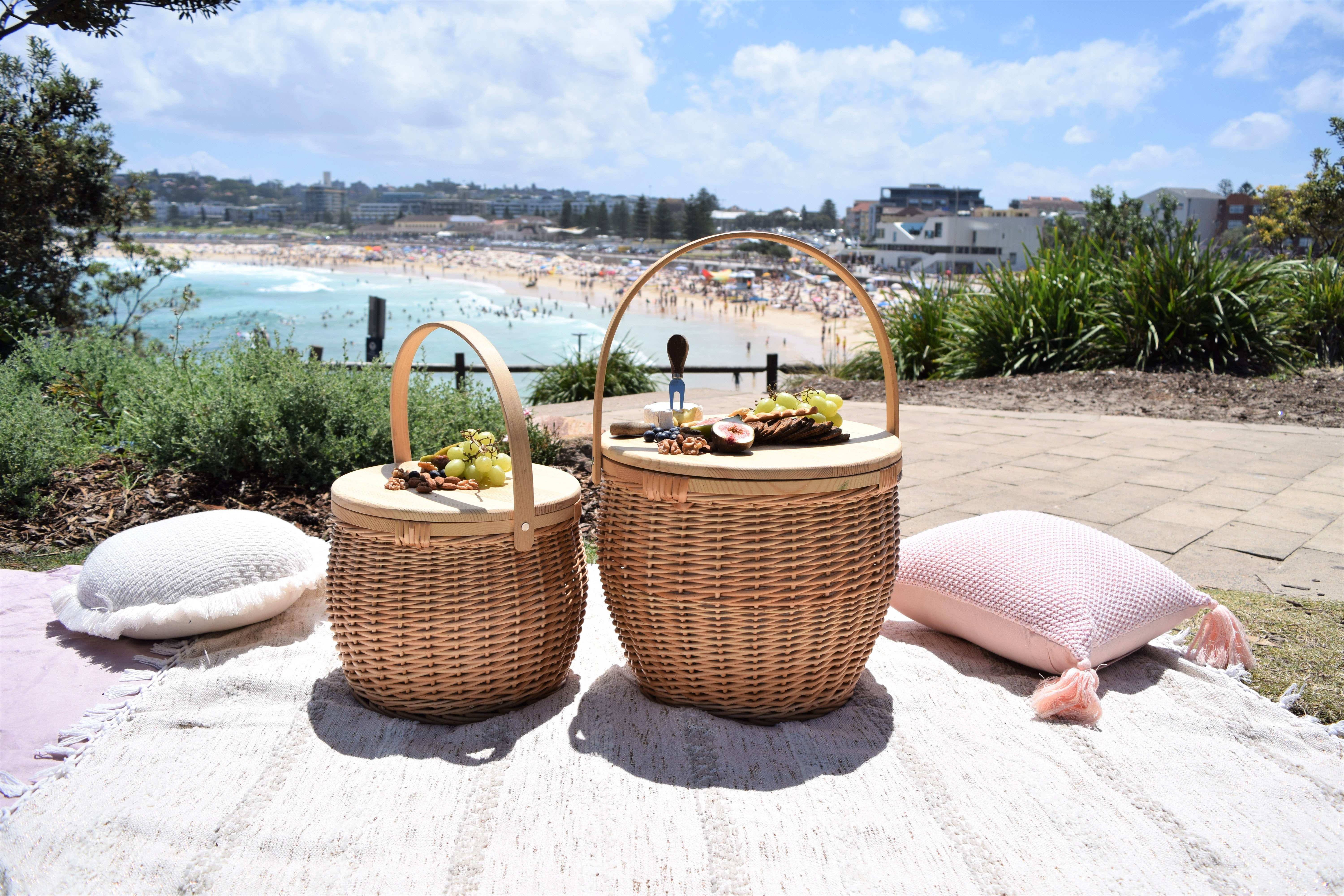 Your dream picnic basket has just arrived... Image